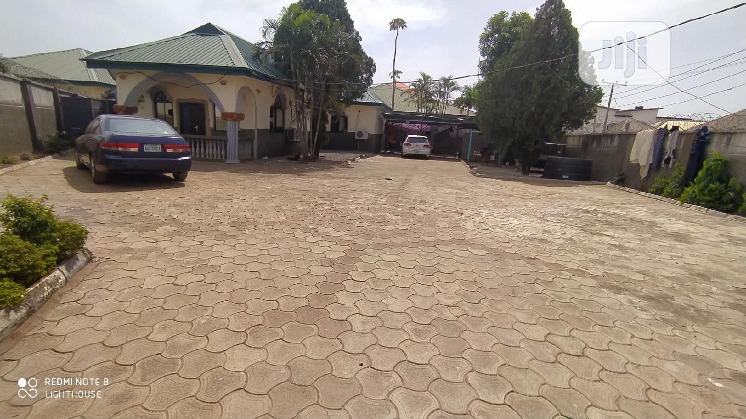 A 3 Bedroom Fully Detached Bungalow With Massive Land Space | Houses & Apartments For Sale for sale in Gwarinpa, Abuja (FCT) State, Nigeria
