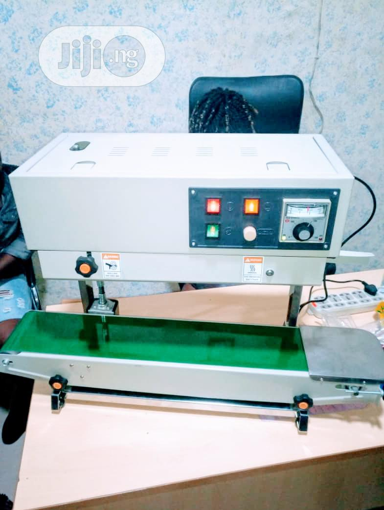Archive: Continous Band Sealing Machine With( Nitrogen)