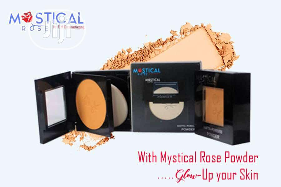 Archive: Mystical Rose HD Matifying Powder With 24 Brushset