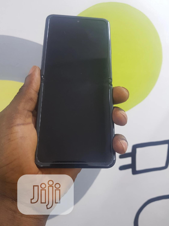 Archive: Samsung Galaxy Z Flip 256 GB Black