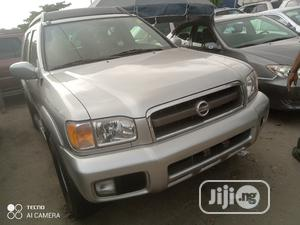 Nissan Pathfinder 2004 SE Silver | Cars for sale in Lagos State, Amuwo-Odofin