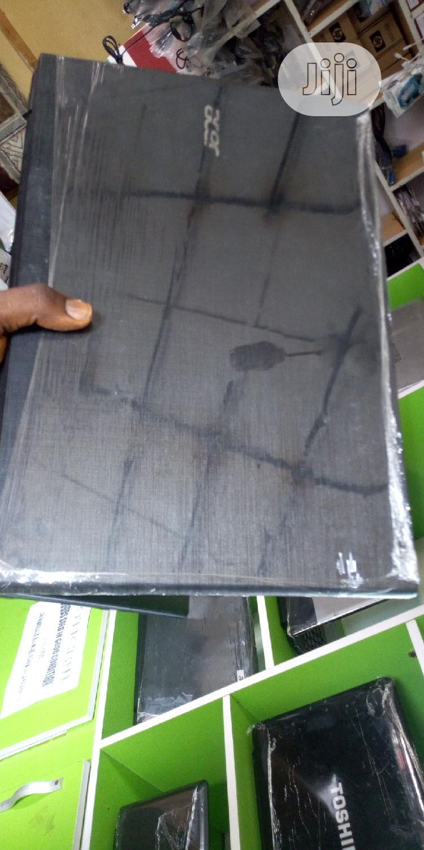 Laptop Acer Aspire E1-572p 8GB Intel Core I5 HDD 500GB