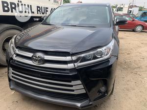 Toyota Highlander 2017 XLE 4x2 V6 (3.5L 6cyl 8A) Black   Cars for sale in Lagos State, Amuwo-Odofin