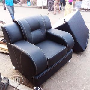 7 Seater Complete Leather Sofa Settee   Furniture for sale in Lagos State, Ogba