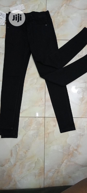 Archive: Black Jeans