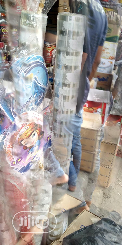 Flower Design Wrapper For Covering Cake.   Restaurant & Catering Equipment for sale in Lagos Island (Eko), Lagos State, Nigeria