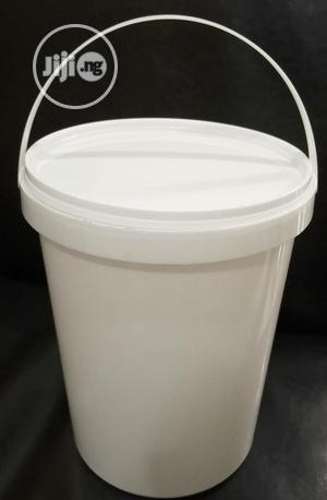 4 Litres White Buckets for Ice Cream and Yogurt | Manufacturing Materials for sale in Lagos State, Ikeja
