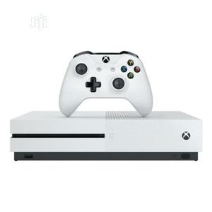 Microsoft Xbox One S 1tb Console With Xbox - White | Video Game Consoles for sale in Lagos State, Ikeja