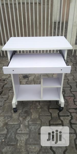 White Computer Table And All Kinds Of Office Table Available   Furniture for sale in Lagos State, Shomolu