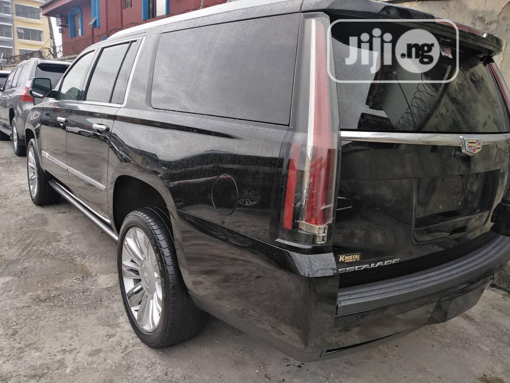 Cadillac Escalade 2016 Black