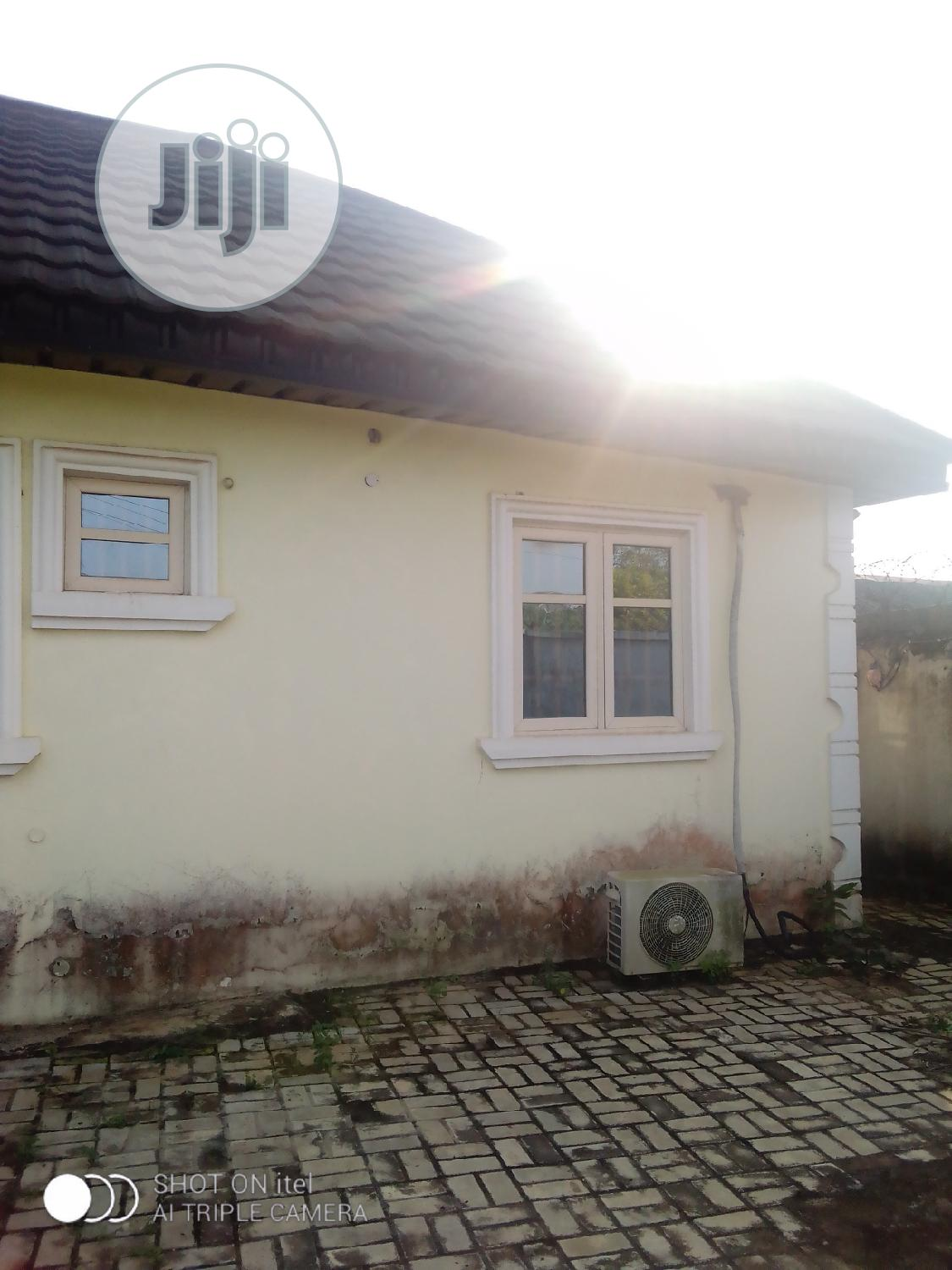 Well Maintained Neat 3 Bedroom Bungalow For Sale | Houses & Apartments For Sale for sale in Ijede / Ikorodu, Ikorodu, Nigeria