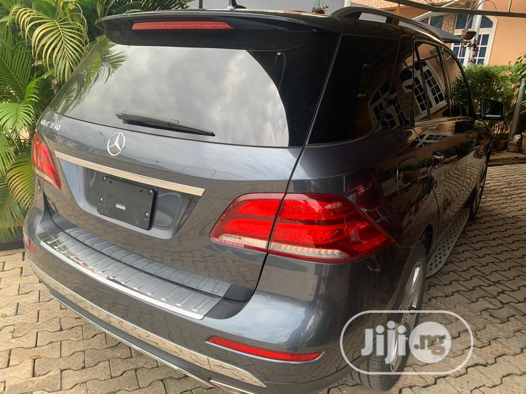 Archive: Mercedes-Benz GLE-Class 2016 Gray