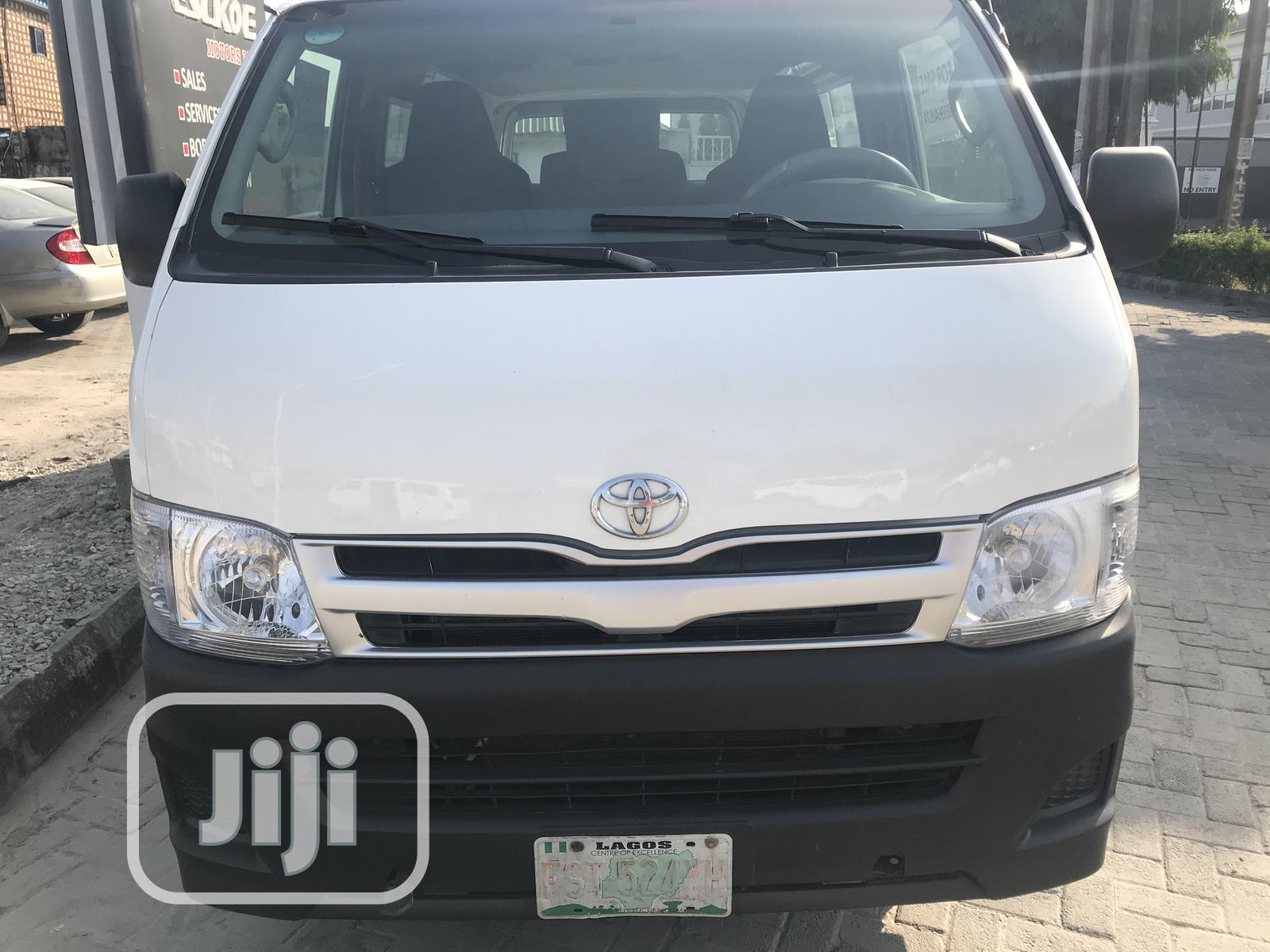Company Used Toyota Hiace 2013 White For Sale | Buses & Microbuses for sale in Ajah, Lagos State, Nigeria