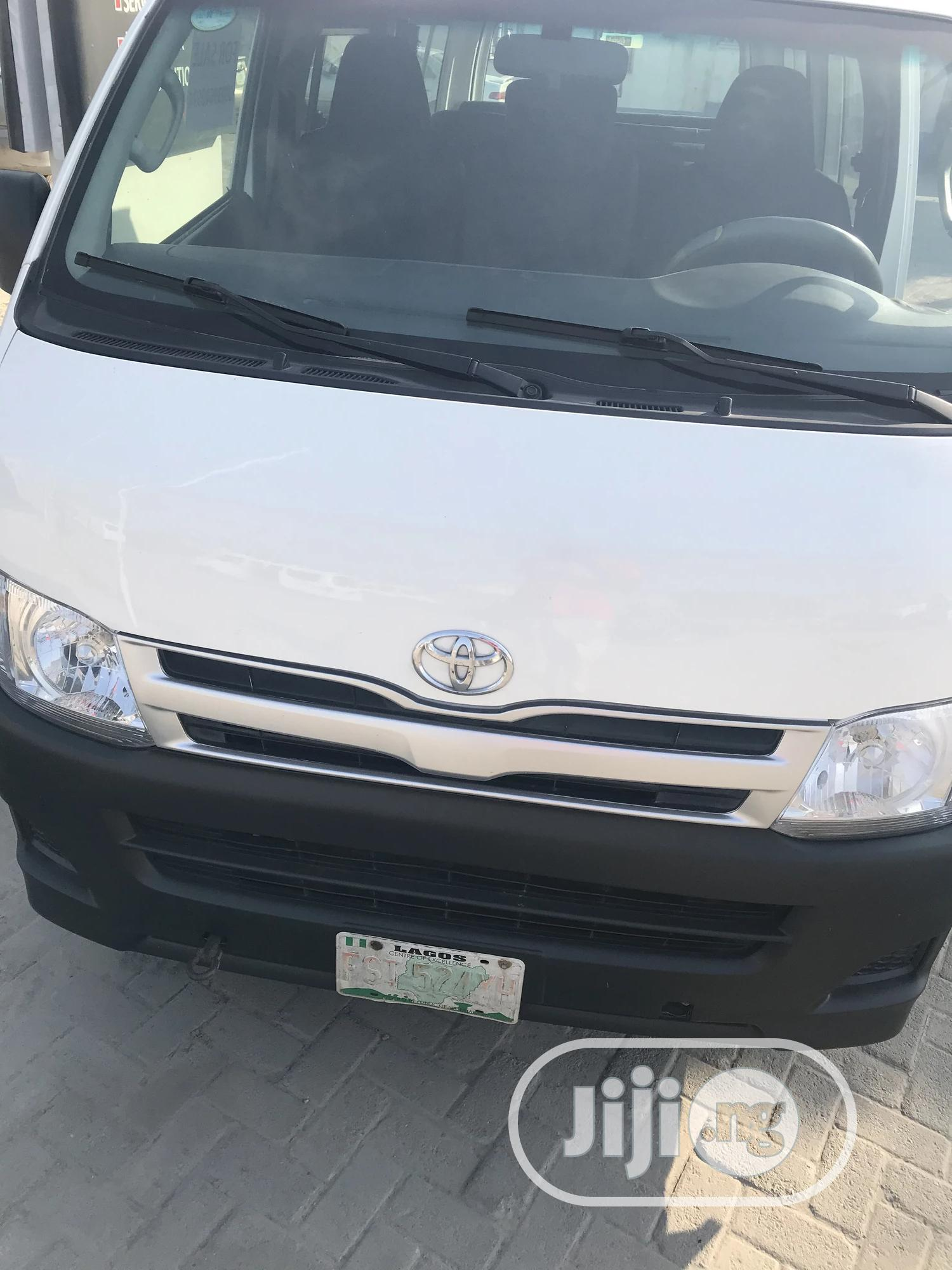Company Used Toyota Hiace 2013 White For Sale