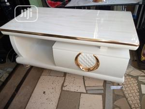 All White Center Table For Sale   Furniture for sale in Edo State, Benin City