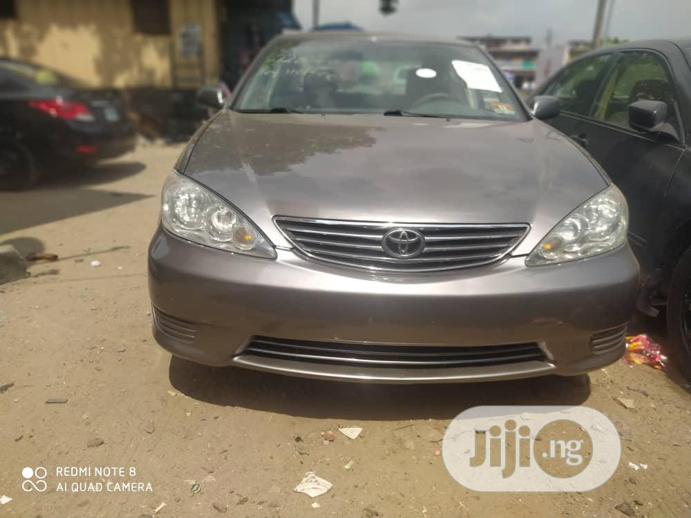 Archive: Toyota Camry 2005 Gray