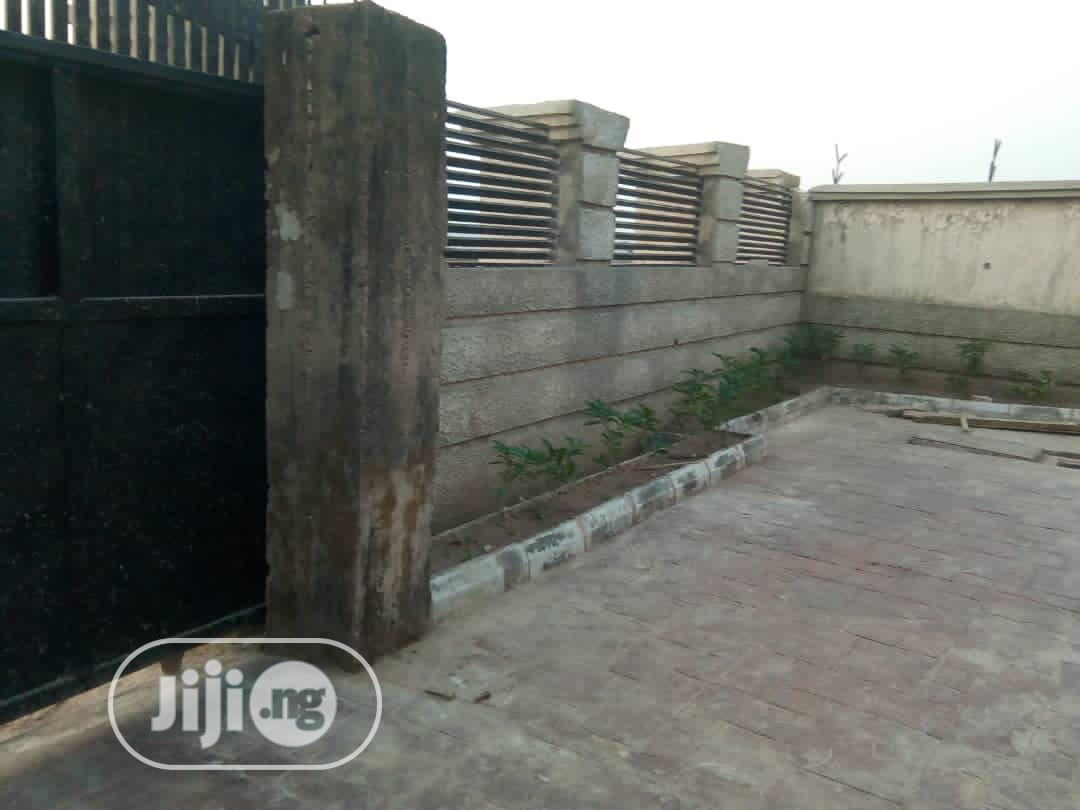 Three Bedroom Bungalows | Houses & Apartments For Sale for sale in Minna, Niger State, Nigeria