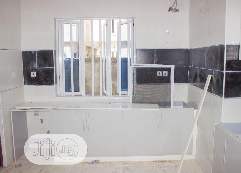 Cheap New 3 Bedroom Flat For Sale | Houses & Apartments For Sale for sale in Osapa london, Lekki, Nigeria