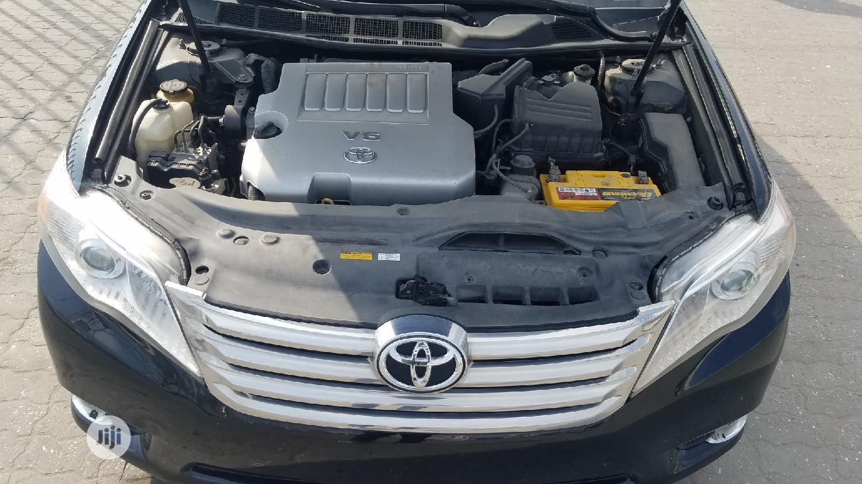 Archive: Toyota Avalon 2012 Black