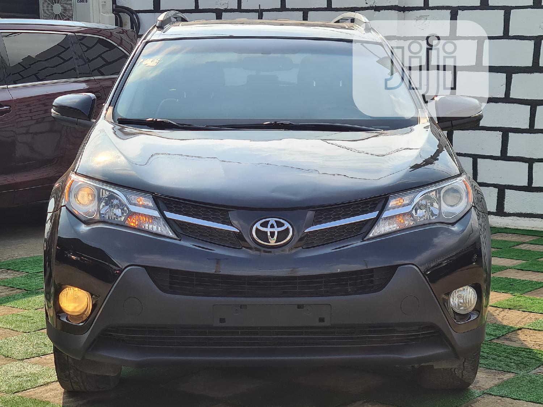 Archive: Toyota RAV4 2015 Black