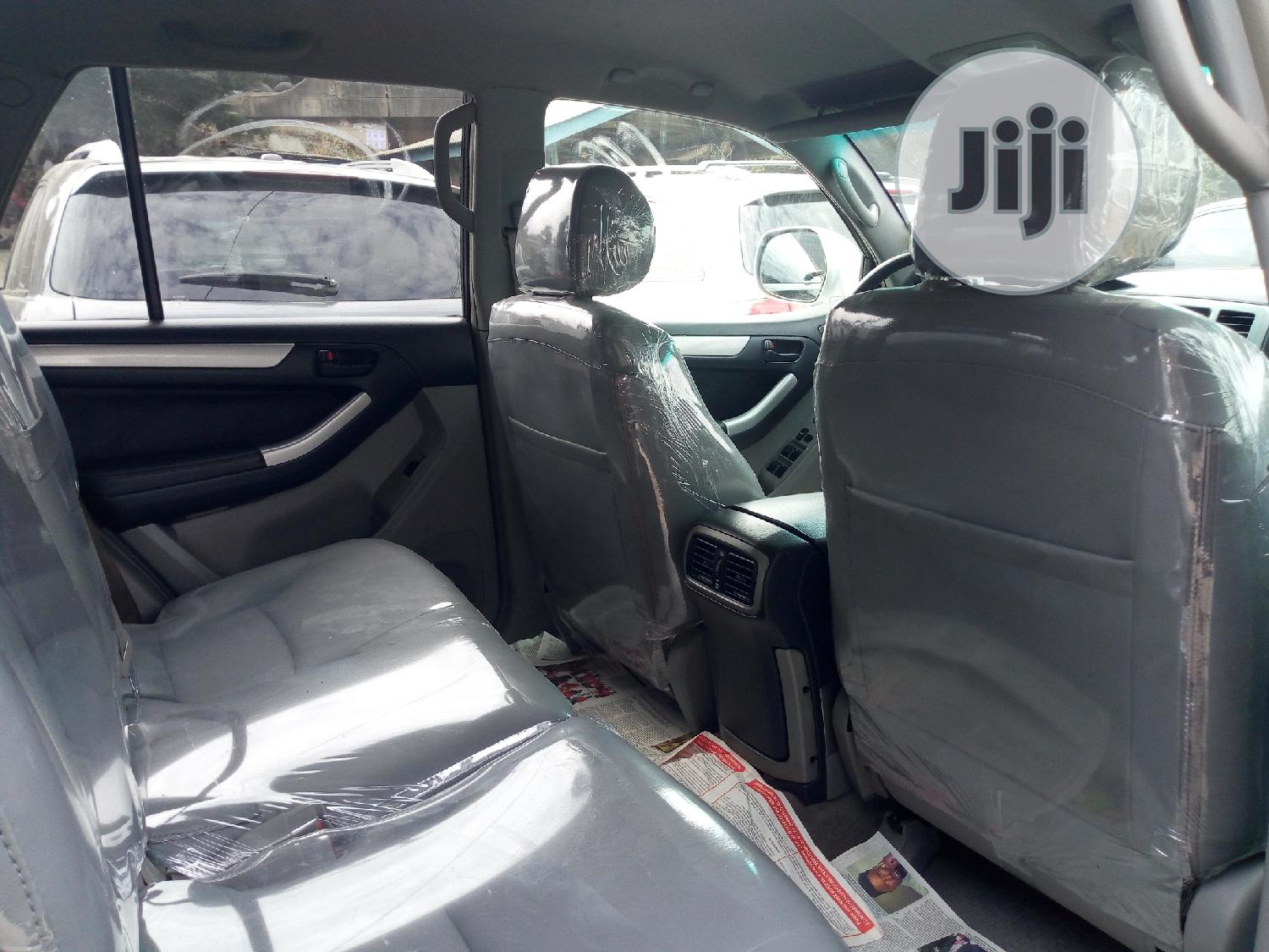 Toyota 4-Runner 2005 Limited V6 4x4 Silver | Cars for sale in Amuwo-Odofin, Lagos State, Nigeria
