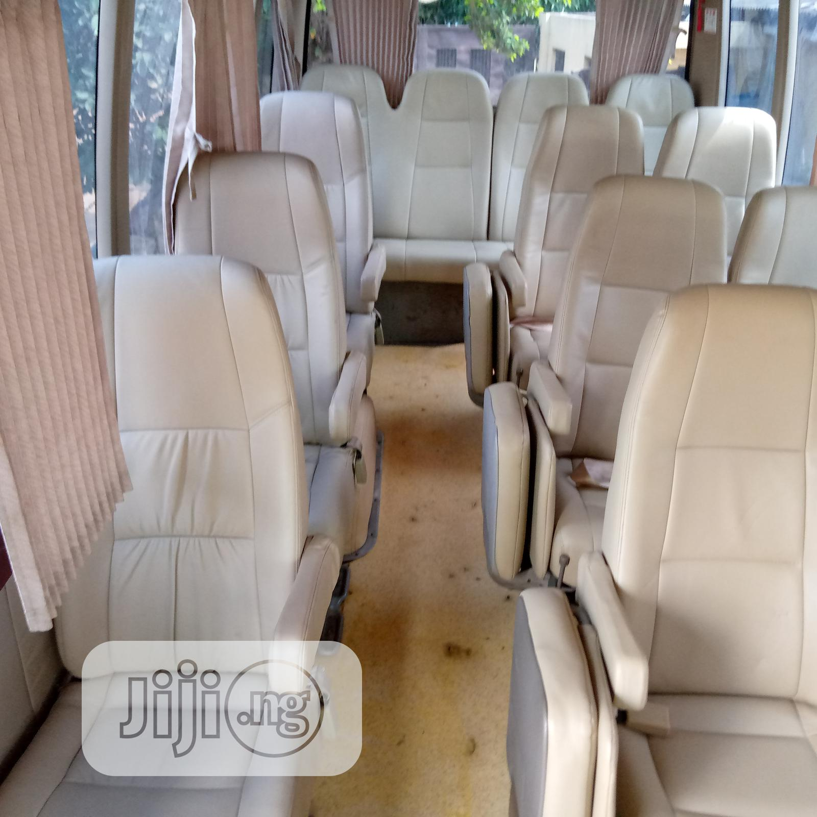 Toyota Coaster 2008   Buses & Microbuses for sale in Isolo, Lagos State, Nigeria