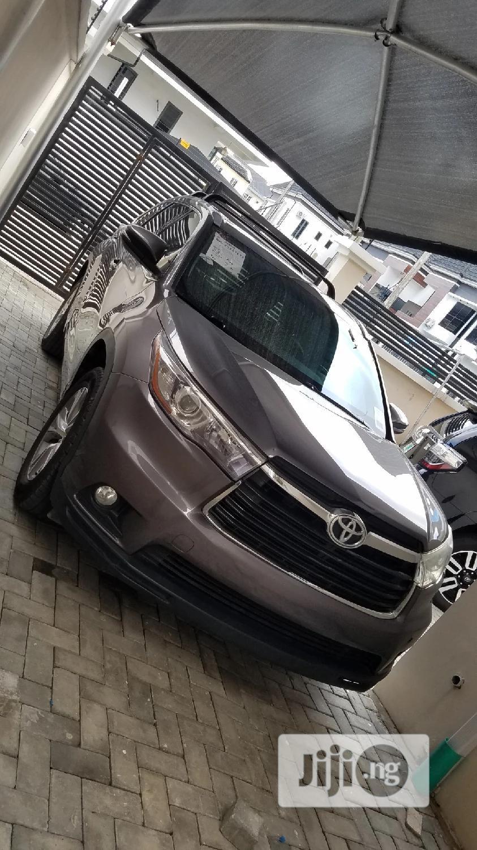 Toyota Highlander 2015 Gray | Cars for sale in Lekki, Lagos State, Nigeria