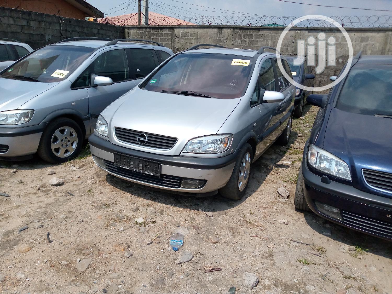 Opel Zafira 2001 2.0 Silver | Cars for sale in Amuwo-Odofin, Lagos State, Nigeria
