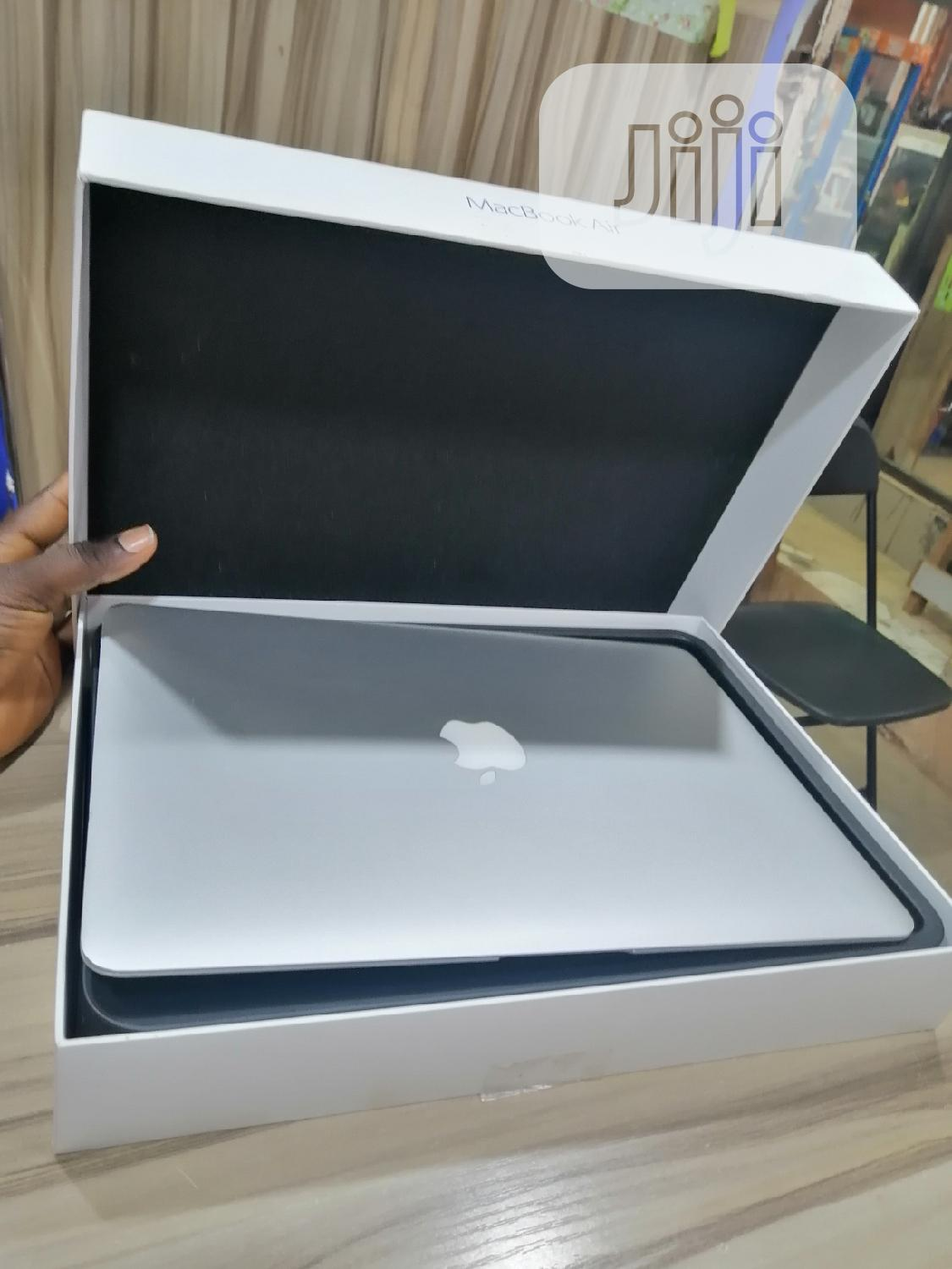 Laptop Apple MacBook Air 8GB Intel Core i7 SSD 256GB   Laptops & Computers for sale in Wuse, Abuja (FCT) State, Nigeria