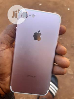 Apple iPhone 7 32 GB Gold   Mobile Phones for sale in Lagos State, Alimosho