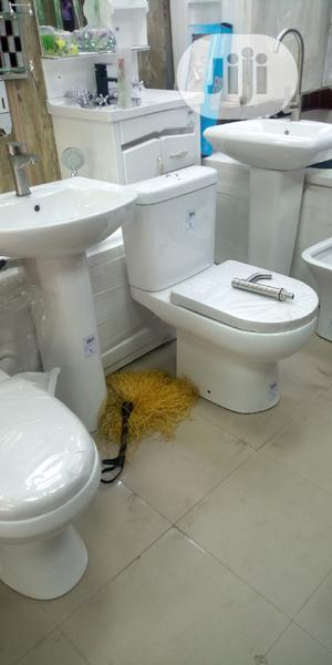Original WC With The Wash Hand Basin And Pedestal | Plumbing & Water Supply for sale in Lagos State, Orile