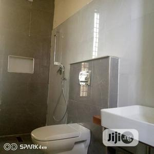 Affordable Neat Three Bedrooms Apartment For Sale   Houses & Apartments For Sale for sale in Lekki, Ilasan