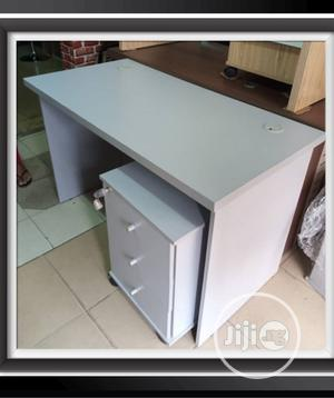 Executive Smart Design Office Table 120x60cm | Furniture for sale in Lagos State, Agboyi/Ketu