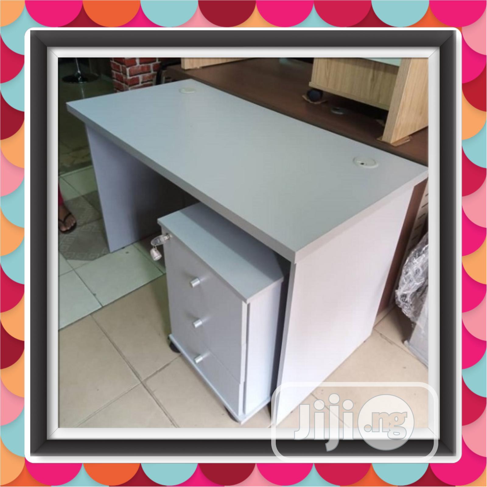 Executive Smart Design Office Table 120x60cm