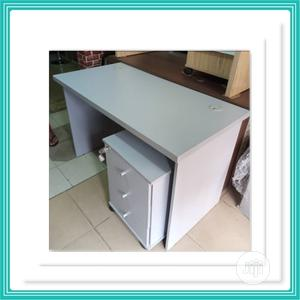 Executive Smart Design Office Table 120x60cm | Furniture for sale in Lagos State, Ikorodu