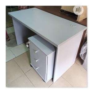 Executive Smart Design Office Table 120x60cm | Furniture for sale in Lagos State, Kosofe