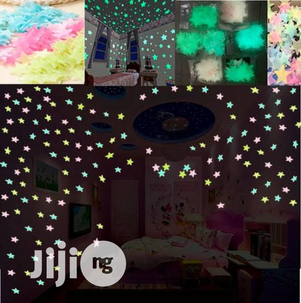 High Quality Pack Of Glow In The Dark Wall Sticker