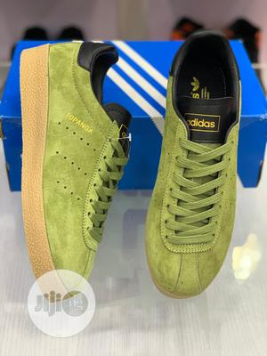 Adidas Topanga Clean Sneakers Original   Shoes for sale in Lagos State, Surulere