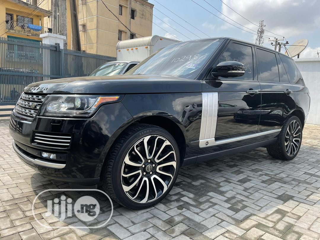 Land Rover Range Rover Vogue 2014 Black
