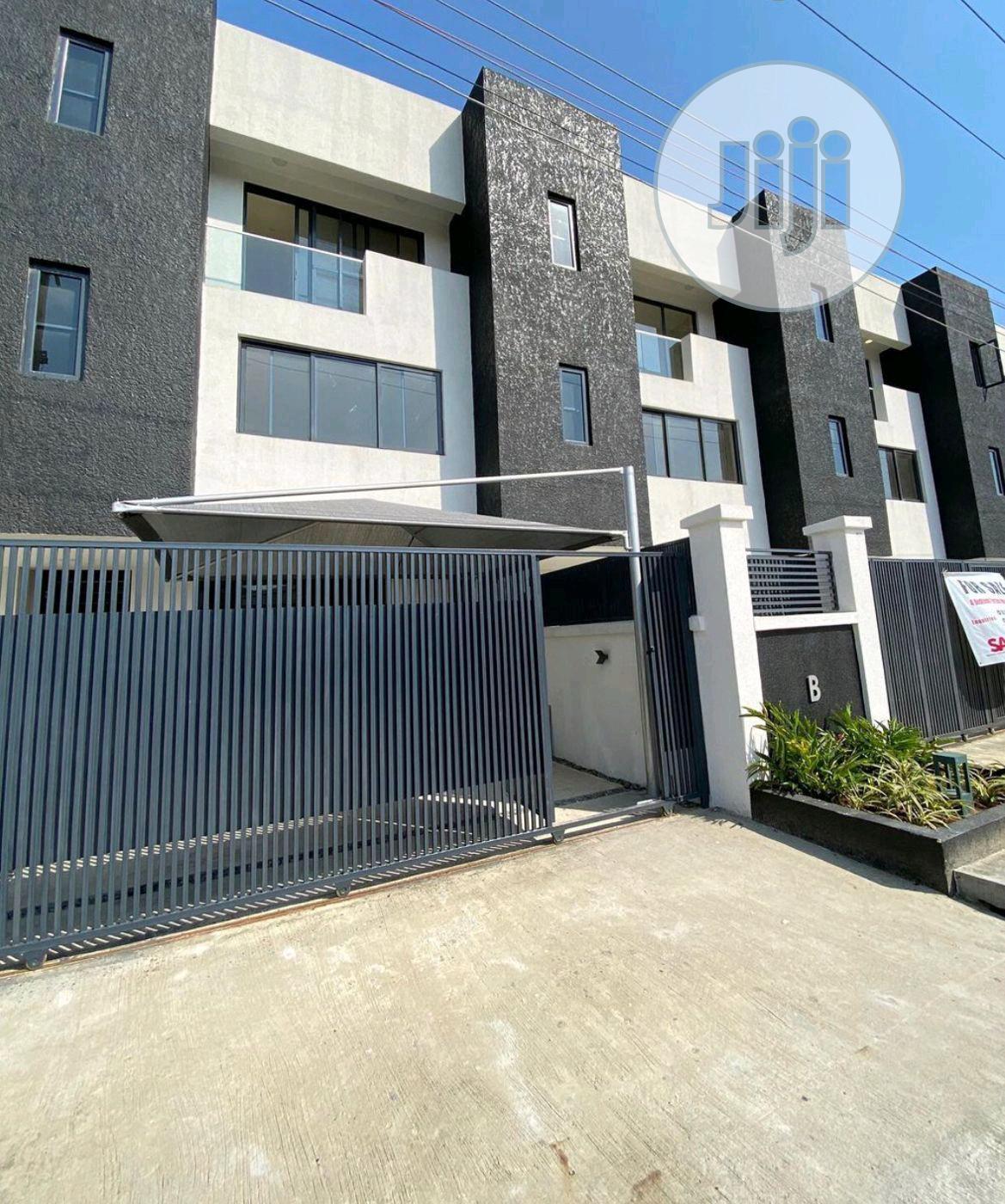 A Town Terrace Duplex At Oniru Victoria Island For Sale