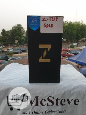 New Samsung Galaxy Z Flip 256 GB Gold | Mobile Phones for sale in Abuja (FCT) State, Wuse 2