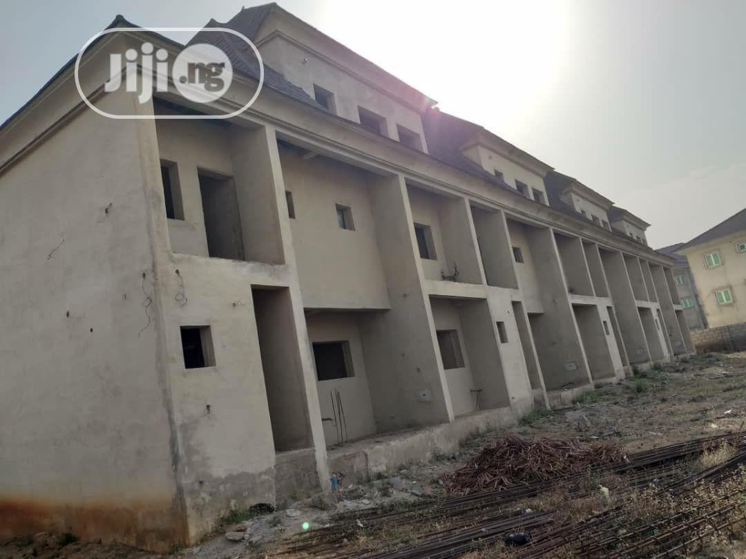 4-Units of 5-Bedrooms Terrace Duplex