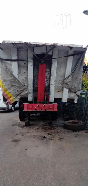 40 Tons Tipping Bucket With Tunnel.   Trucks & Trailers for sale in Lagos State, Apapa
