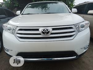 Toyota Highlander 2013 Limited 3.5l 4WD White | Cars for sale in Lagos State, Amuwo-Odofin