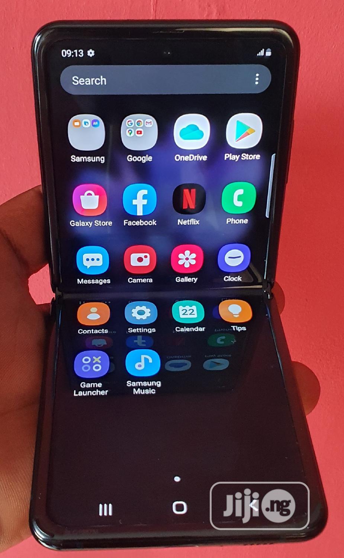 Archive: Samsung Galaxy Z Flip 256 GB Blue