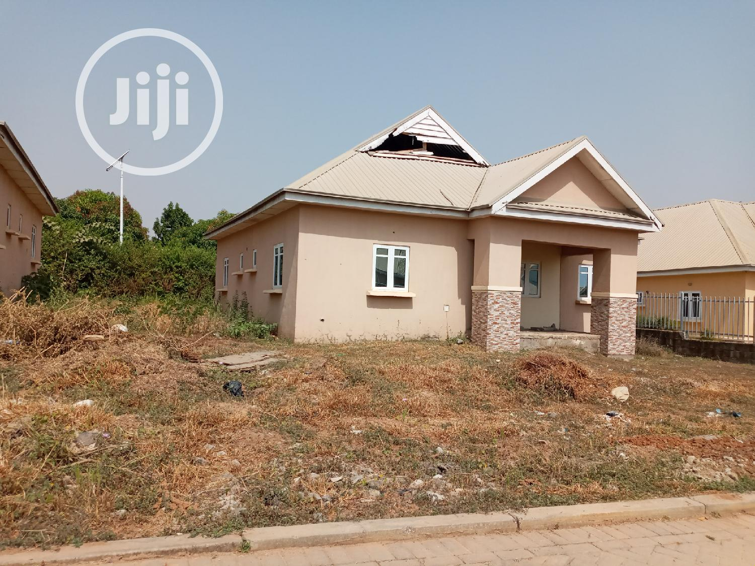 Newly Built 3bedroom Fully Detached Bungalows   Houses & Apartments For Sale for sale in Sabon Lugbe, Lugbe District, Nigeria