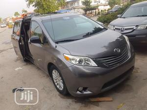 Toyota Sienna 2011 LE 7 Passenger Mobility Gray | Cars for sale in Lagos State, Amuwo-Odofin