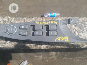 Pressing Botton for Hyundai Sonata 2014 Model | Vehicle Parts & Accessories for sale in Lagos State, Ojodu