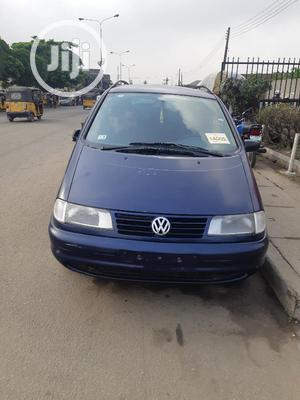 Volkswagen Sharan 1999 2.0 Blue   Cars for sale in Lagos State, Surulere