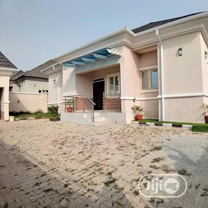 Furnished 3bdrm Bungalow in Efab Queens Estate, Gwarinpa for Rent | Houses & Apartments For Rent for sale in Abuja (FCT) State, Gwarinpa